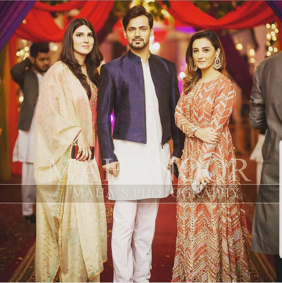 Awesome Photos of Zahid Ahmed with his Wife and Kids