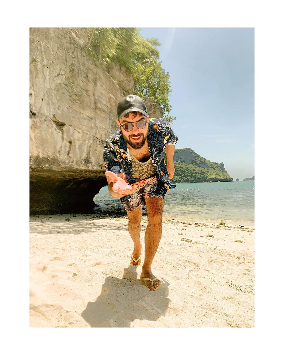 New Vacation Photos of Iqra Aziz and Yasir Hussain in Thailand