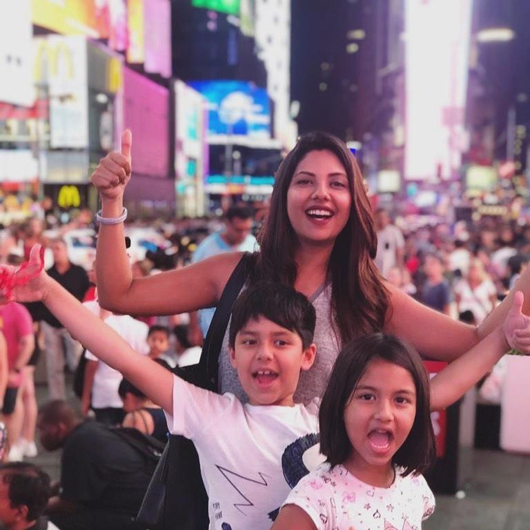 Photos of Actress Sunita Marshal with Kids in USA 🇺🇸