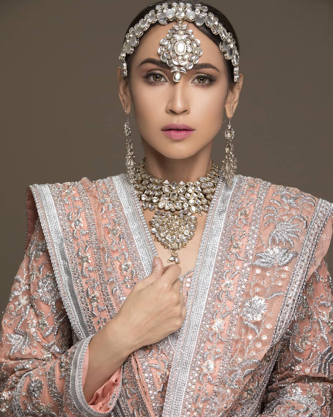 Beautiful Clicks of Faryal Mehmood New PhotoShoot