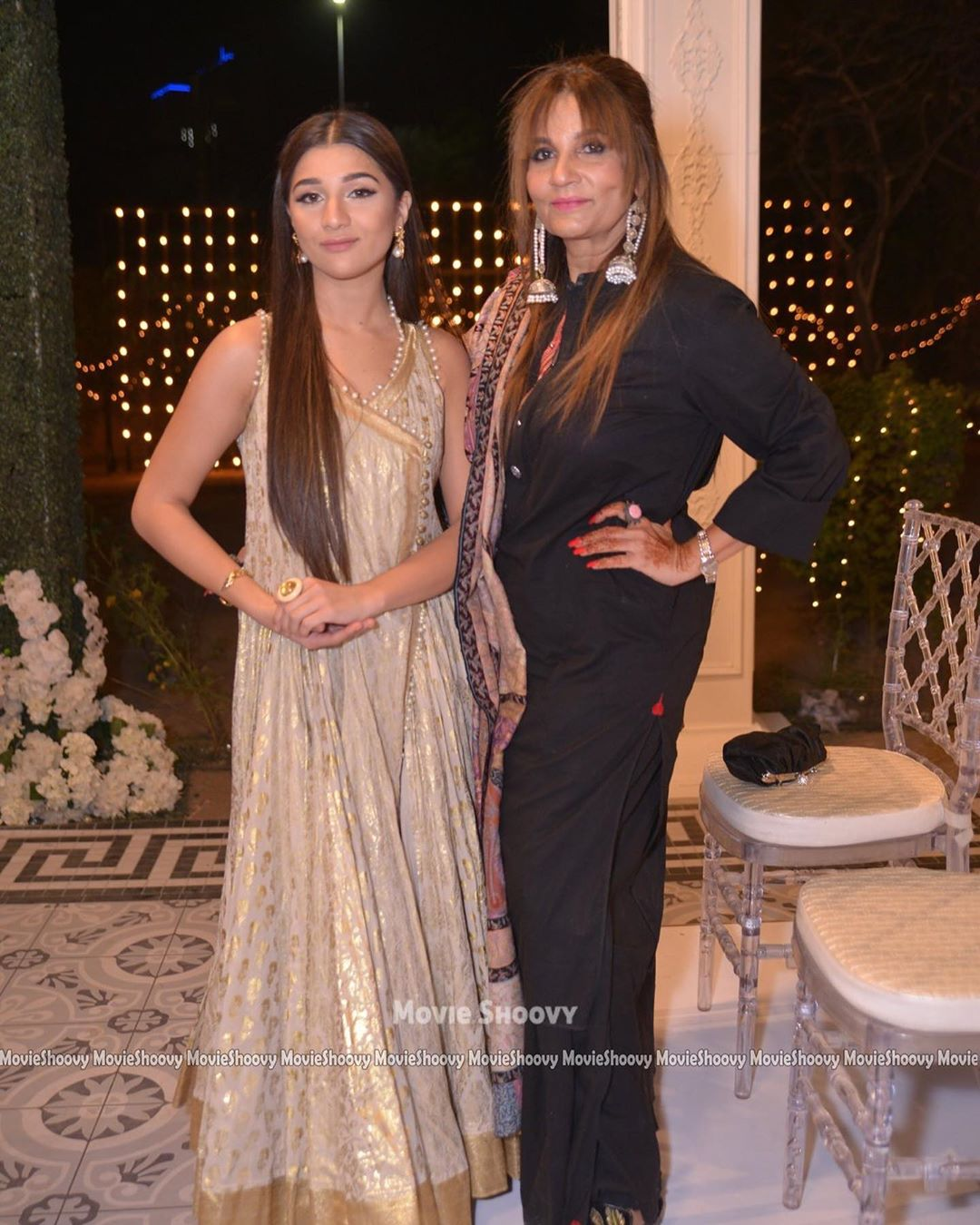 Bold Clicks of Fariha Altaf with her Daughter Parishey James