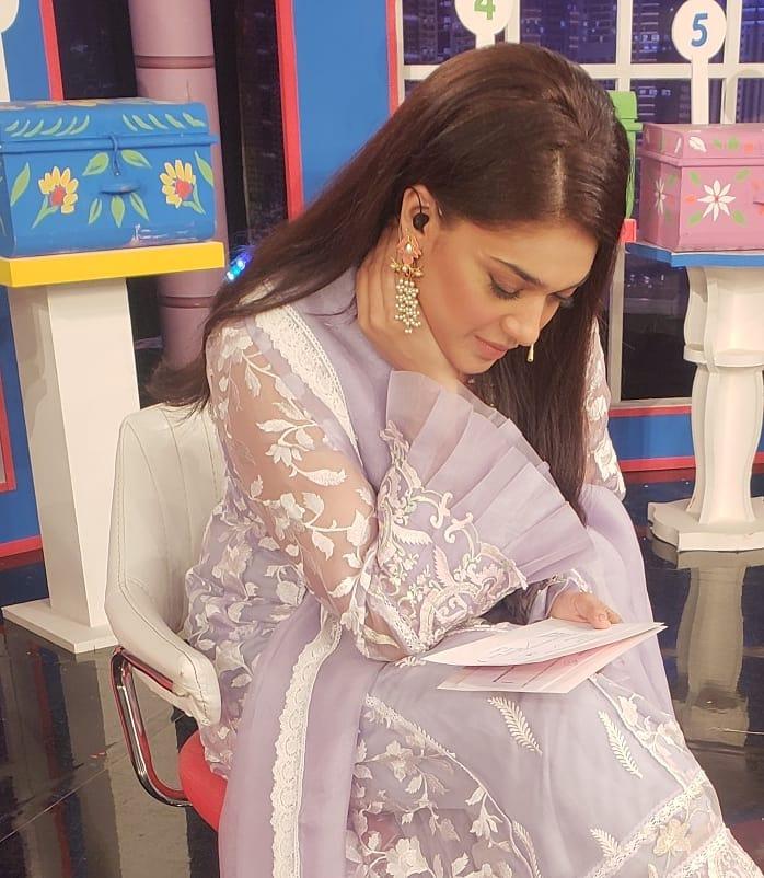 Beautiful Sanam Jung and Zarnish Khan on the Set of Eid Show