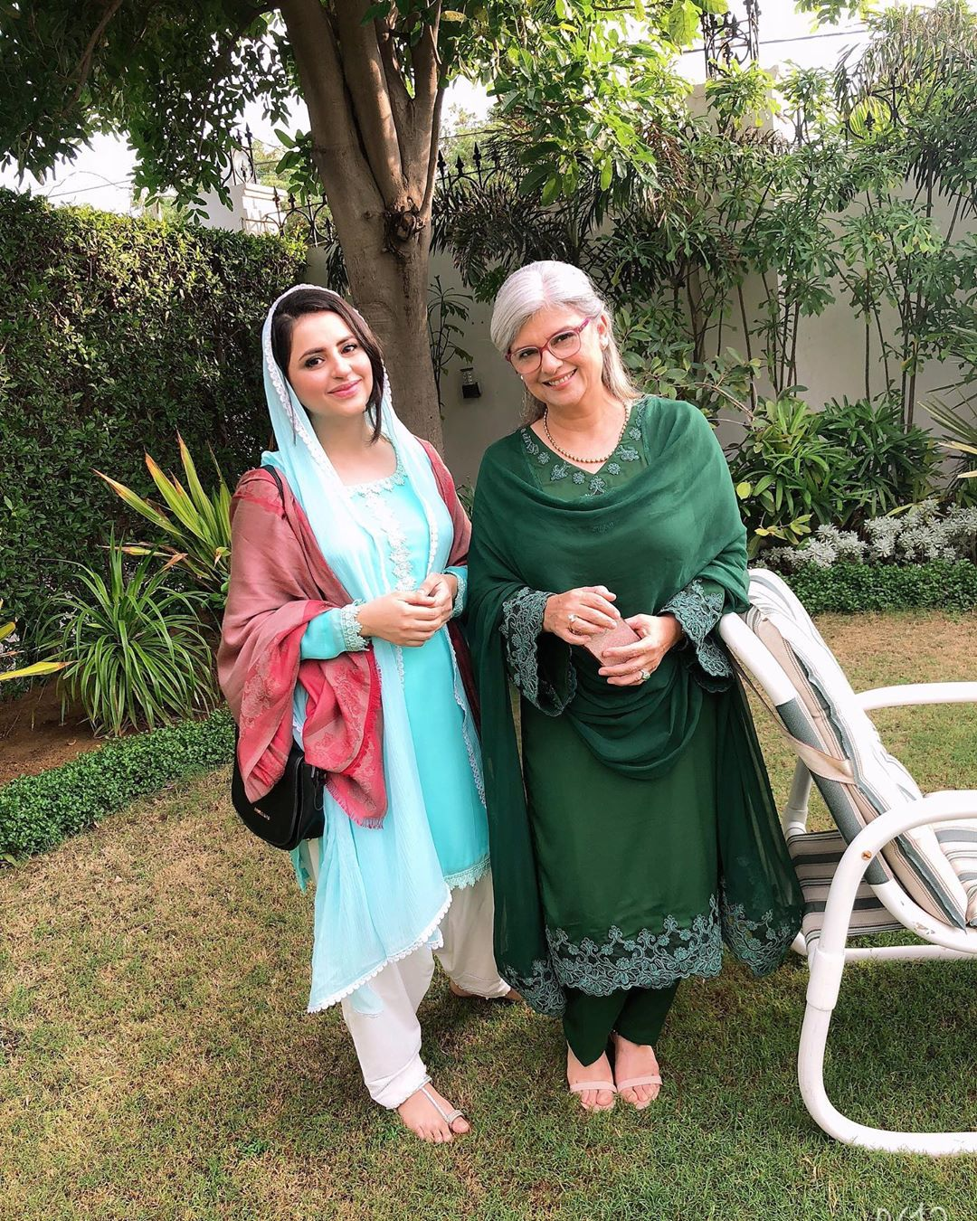 New Pictures of Fatima Effendi with Her Son on Set of her Upcoming Serial