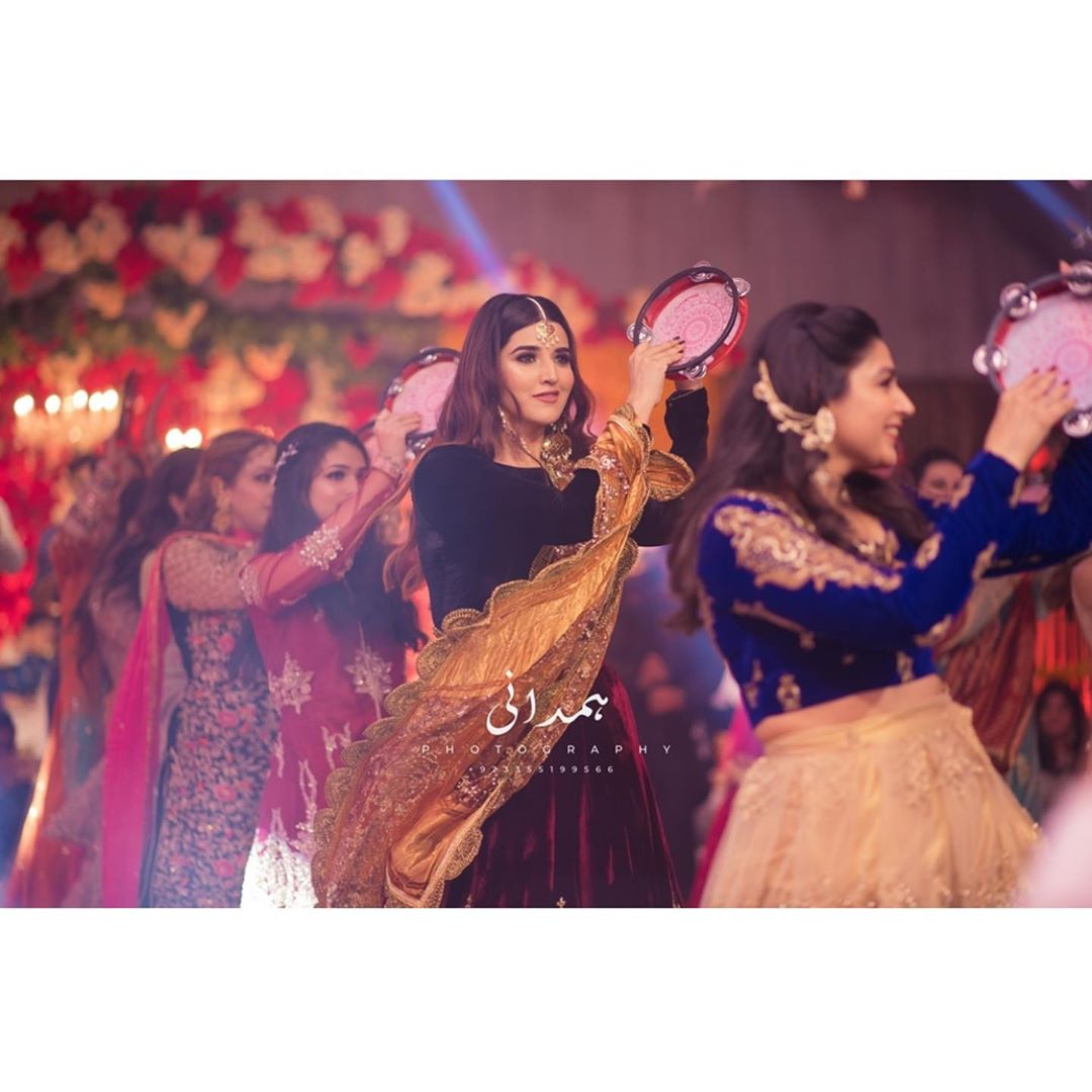New Pictures of Awesome Hareem Farooq from Wedding Event