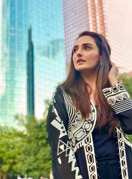 Latest Beautiful Winter Clicks of Actress Momal Sheikh