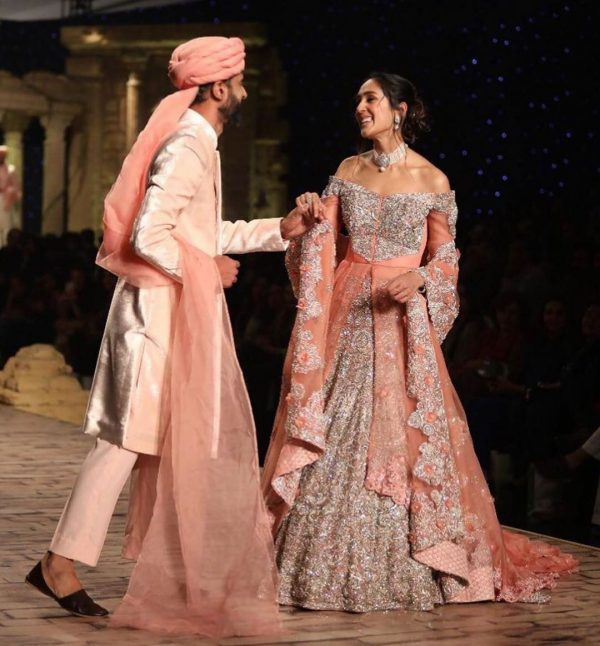 Mira Sethi and Bilal Siddiqui Look Adorable Together at HBCW19