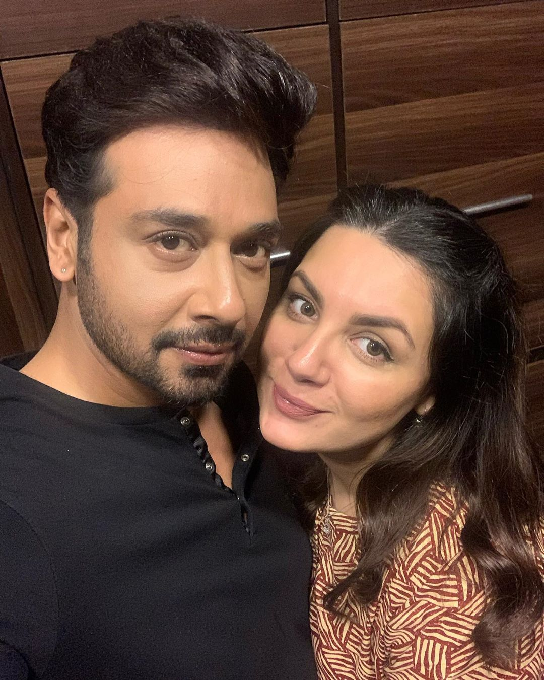Clicks of Faisal Qureshi with his Wife and Daughter Ayat from Turkey