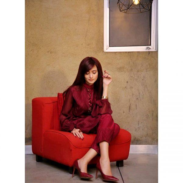 Actress Zarnish Khan