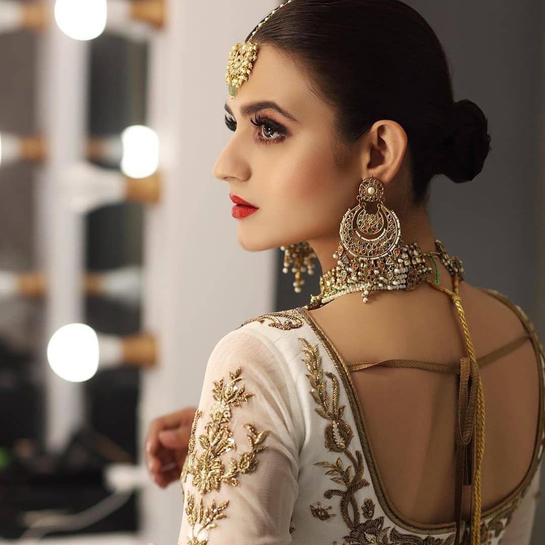 Hira Mani Stunning Bridal Photoshoot