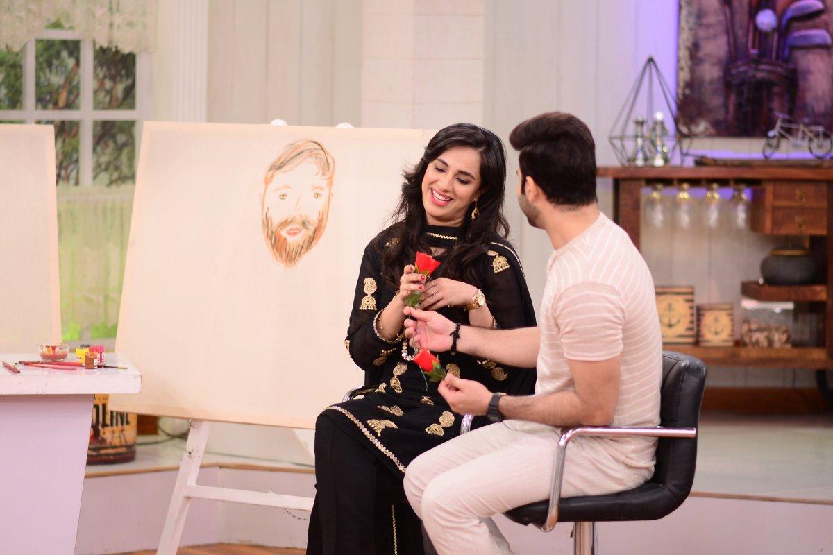 Couple Faizan Sheikh and Wife Maham Amir Clicks Good Morning Pakistan