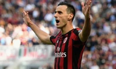 Esultanza Kalinic con la maglia del Milan