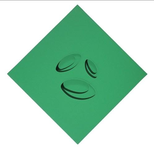 Paolo Scheggi, Intersuperficie curva verde, 1966, acrilico verde su tre tele sovrapposte. Firenze, Galleria Tornabuoni Arte. Photo IF Industrial Foto. © Paolo Scheggi/SIAE