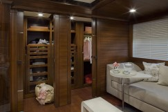 Owner's-suite-int-60