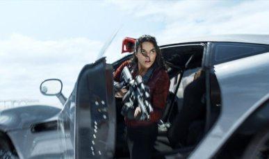 Fast-Furious-8_Michelle-Rodriguez_foto-dal-film-14