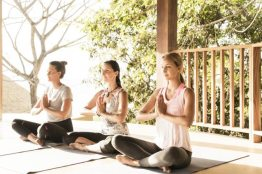 Lagarta-Lodge-yoga-1
