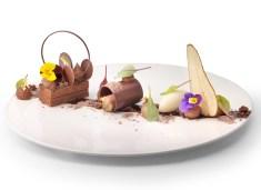 11.Soffice al cioccolato con cremoso al cioccolato 62% e sorbetto di pera