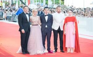 Jason Clark, Olivia Hamilton, Ryan Gosling, Claire Foy, Damien Chazelle