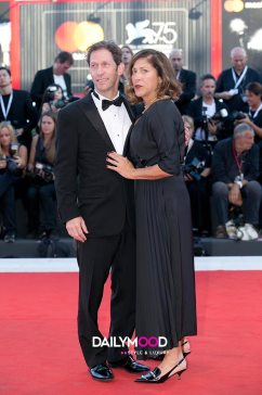 Lisa Benavides and Tim Blake Nelson