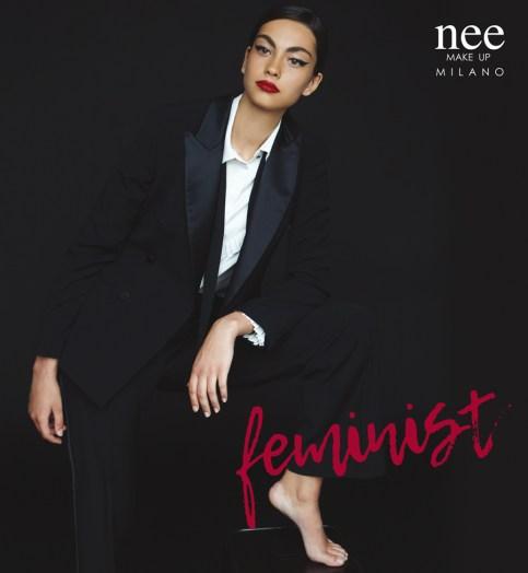 Modella Feminist b