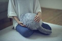 qoobo-cat-tail-pillow-robot-2