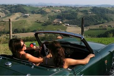 """BARBIANO (PARMA). """"SULLE STRADE DEL DUCATO AL VOLANTE DI UNA SPIDER D'EPOCA"""", ITINERARIO IN AUTOMOBILE PROPOSTO DA """"SLOW DRIVE"""""""