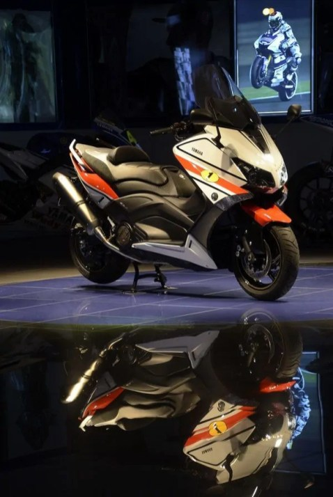 Yamaha TMAX 530 'Ago' edition (17)