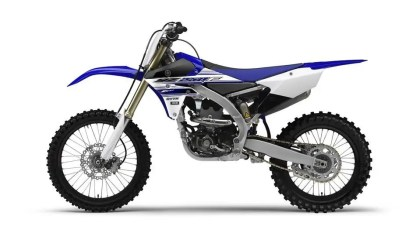2016-Yamaha-YZ250F-EU-Racing-Blue-Studio-006
