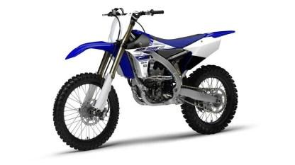 2016-Yamaha-YZ250F-EU-Racing-Blue-Studio-007