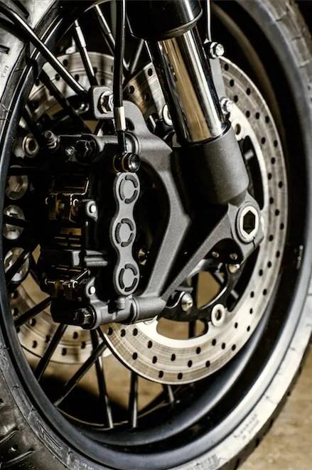 Yamaha XJR Botafogo-N YARD Built 03
