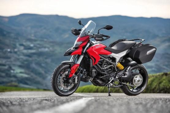 Ducati Hyperstrada 939 2016 (1)