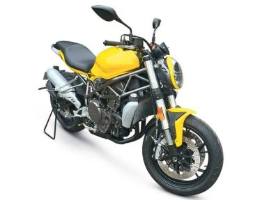 2017-Benelli-750-and-900-replacement-model-1-1-e1464937775757