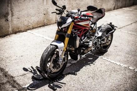 XTR Siluro Ducati Monster 1200 S (1)