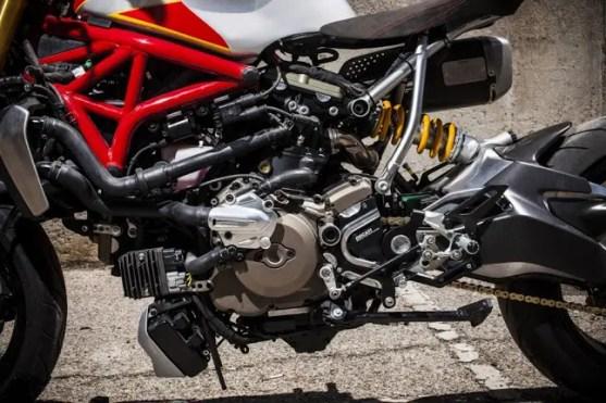 XTR Siluro Ducati Monster 1200 S (4)
