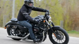 Harley-Davidson Iron 883 Dark Edition