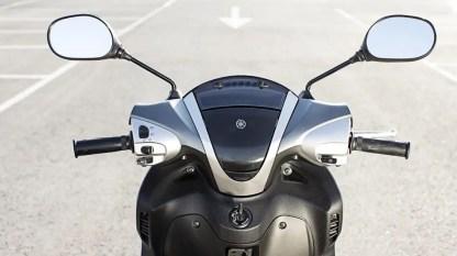 2017-Yamaha-Xenter-125-EU-Silky-Grey-Detail-008