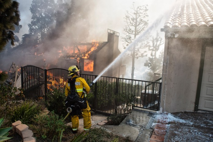 Image result for Thomas fire Los Angeles