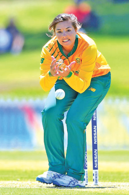 Luus strikes as South Africa beat Sri Lanka