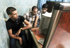 Iraqi bloggers and online journalists are under pressure from Iraq's clampdown on freedom of expression