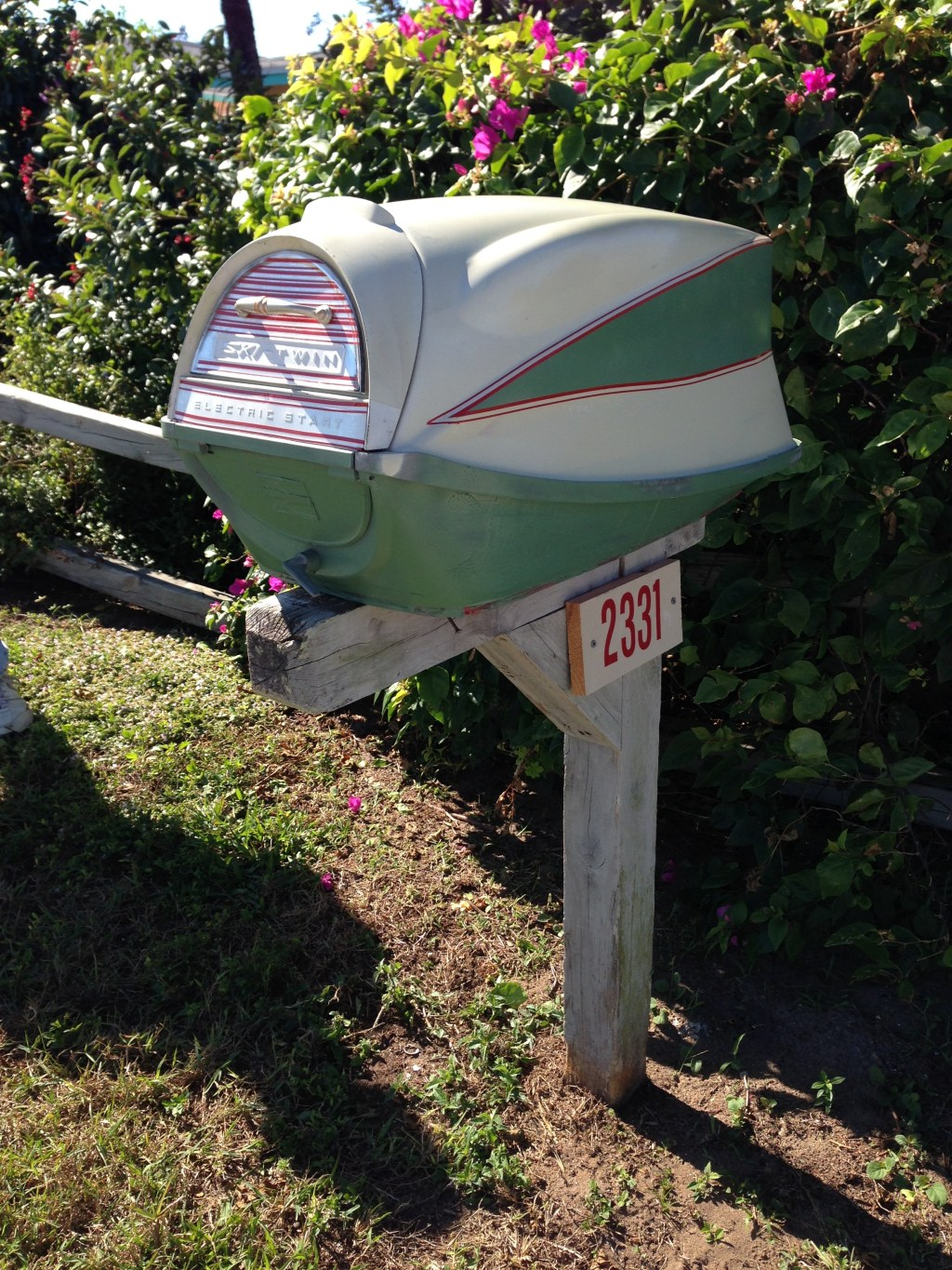 Evinrude Outboard Cover Mailbox