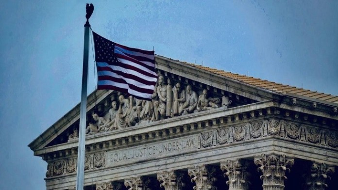 High Court to hear case over Trump finance records
