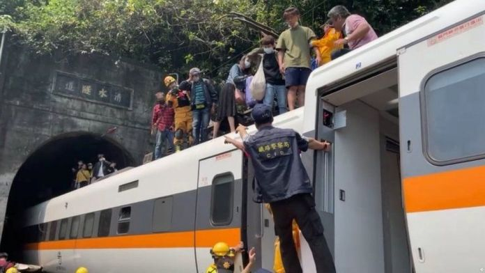 Dozens killed as train crashes and derails in tunnel