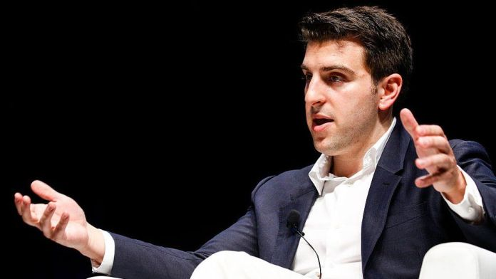Business still has time to help Afghans - AirBnB boss