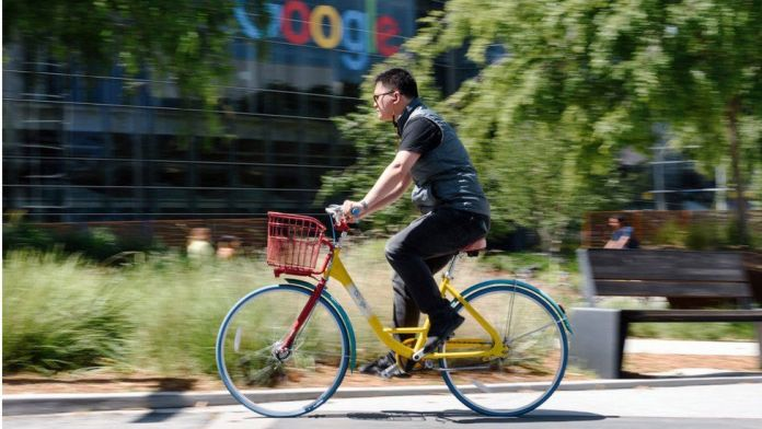 Google may cut pay of staff who work from home