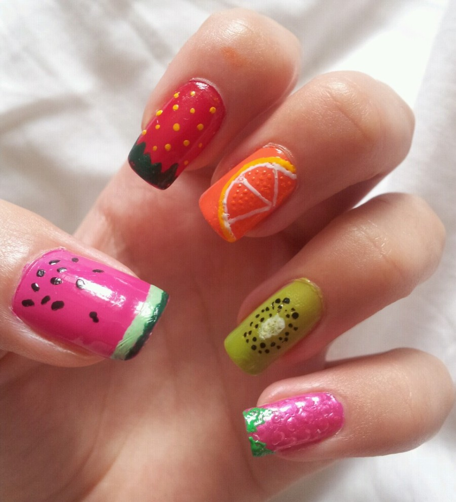 Top 15 Summer Nail Art Ideas 05