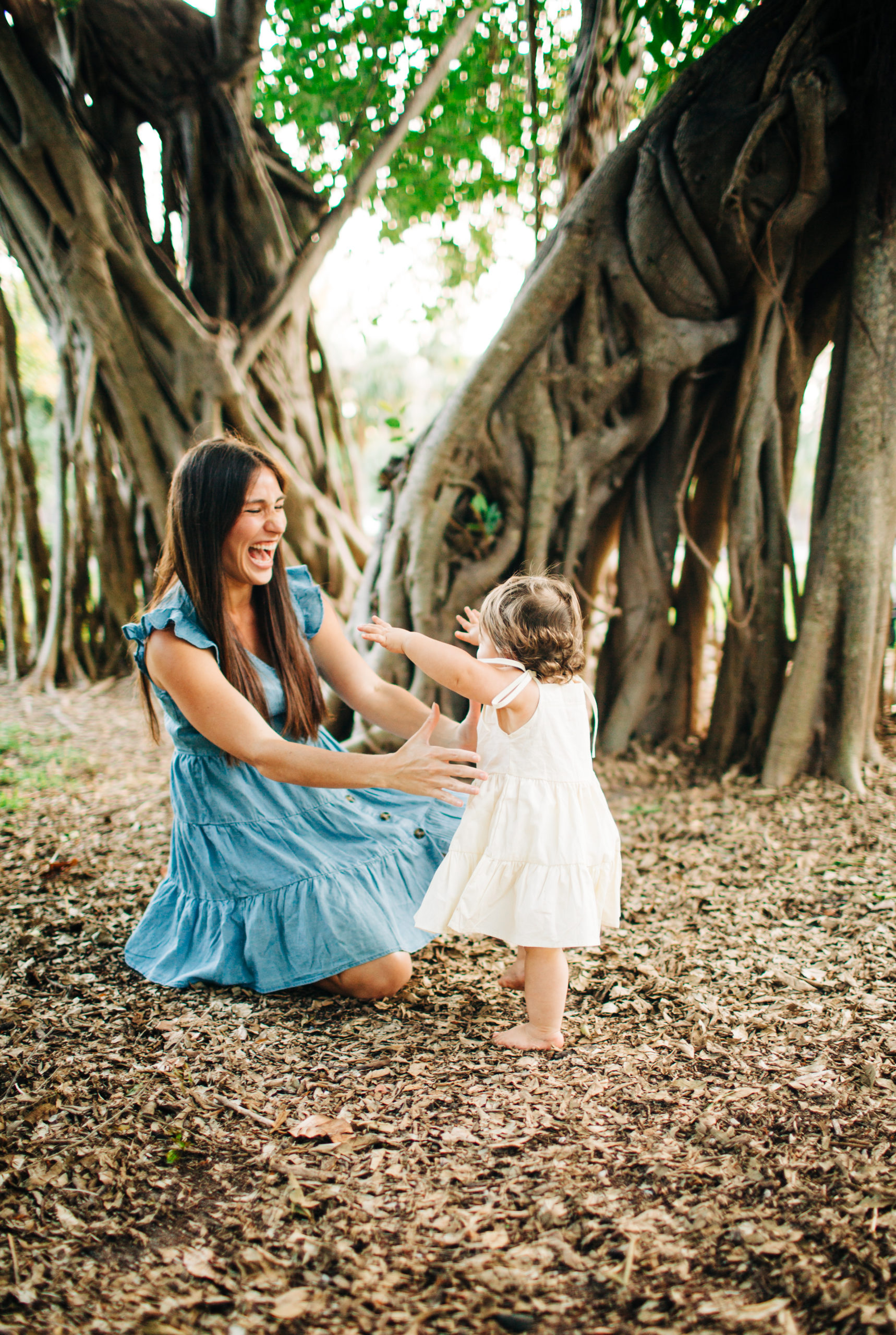 MotherhoodSession_Miami-10-scaled A Mother-Daughter Photo Session at the Park