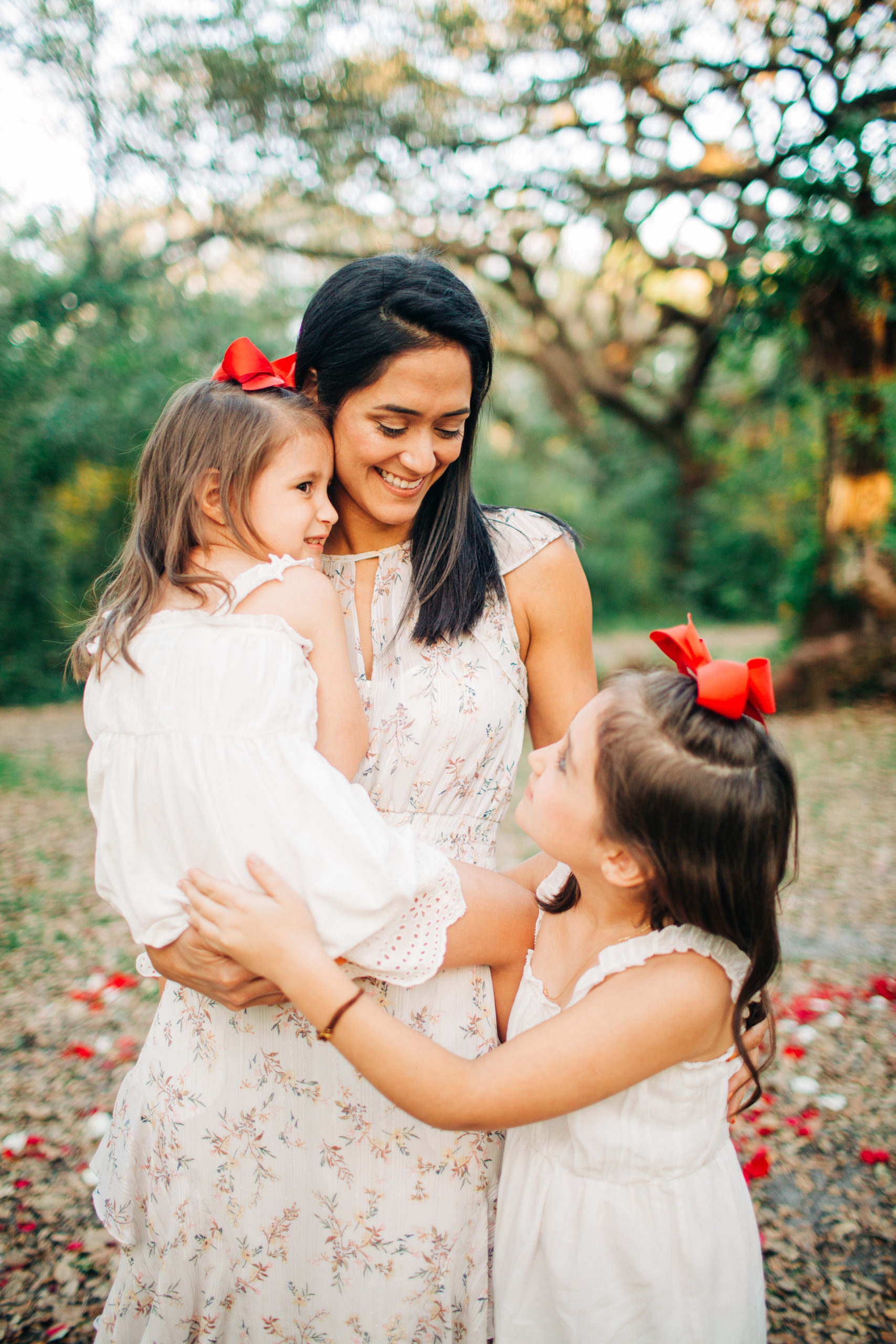MotherhoodSessionPark_Miami-4-scaled Magical Motherhood Session - Tree Tops Park