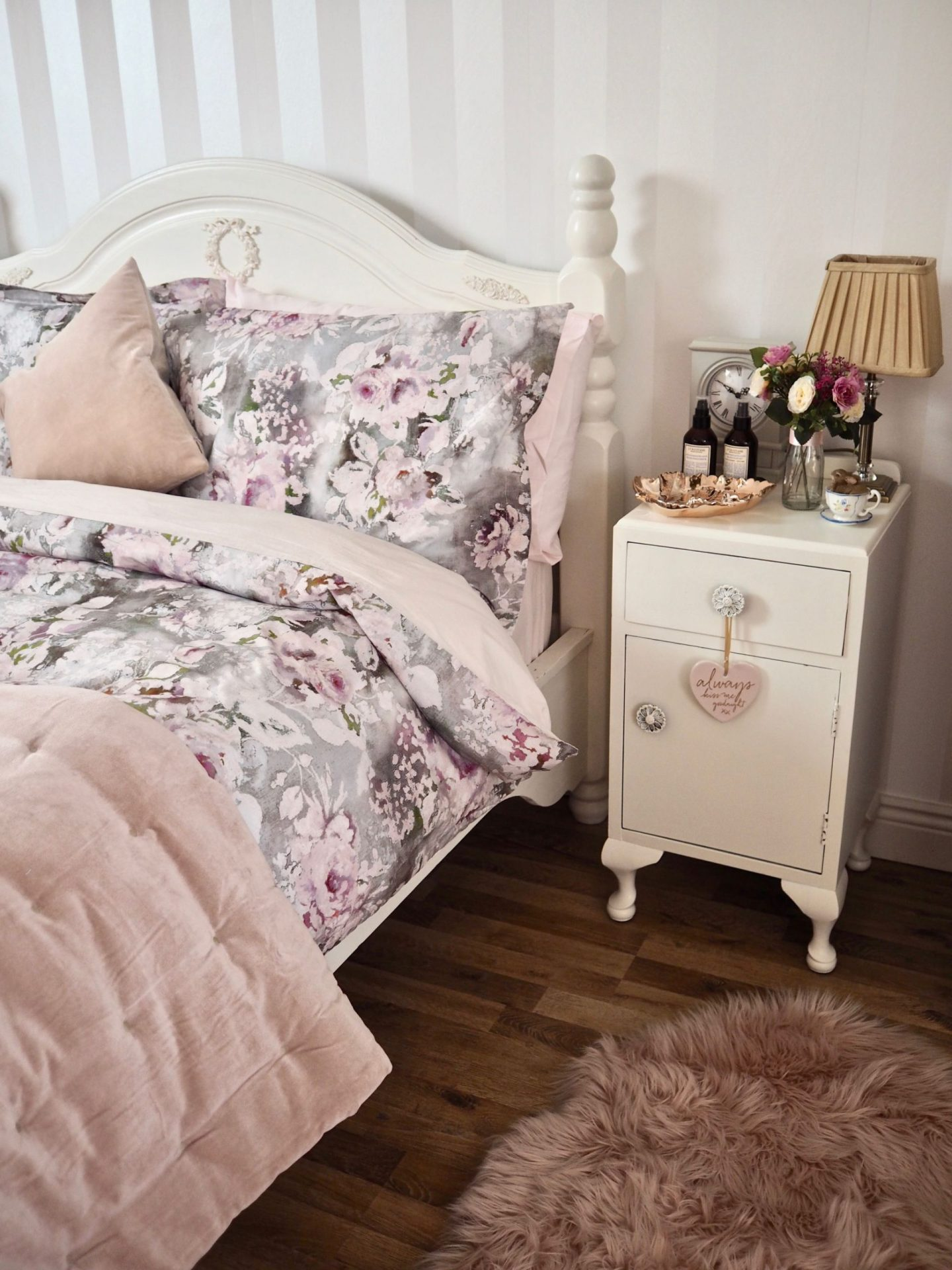 Bedroom decor, shabby chic cottage decor