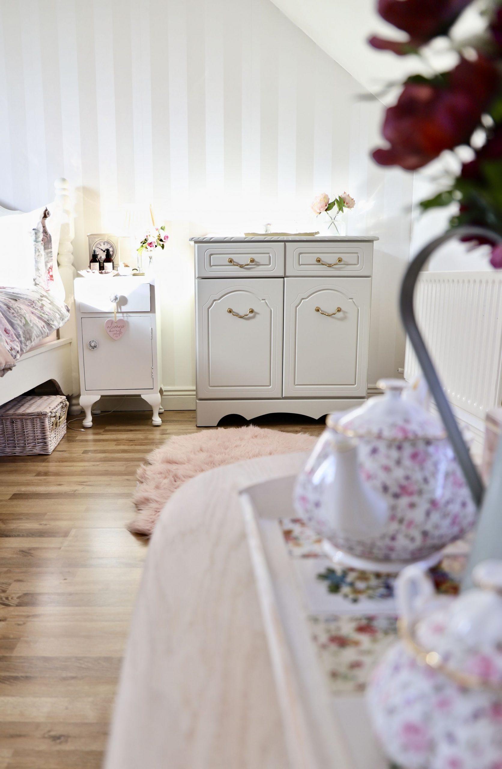 DIY Furniture Makeover, Cottage Style Cabinet