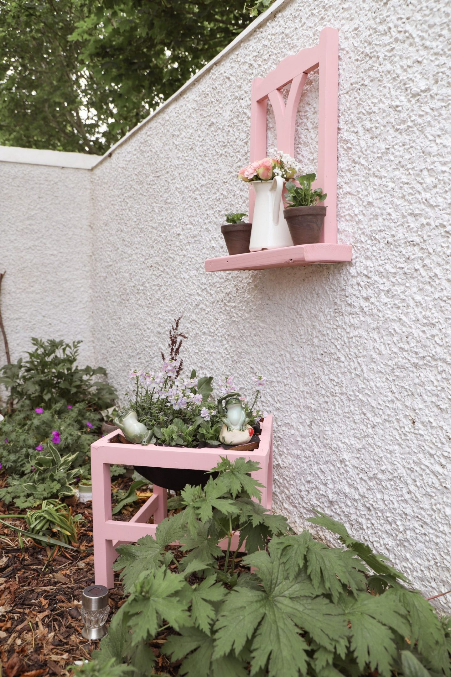 How to make a garden planter from a chair