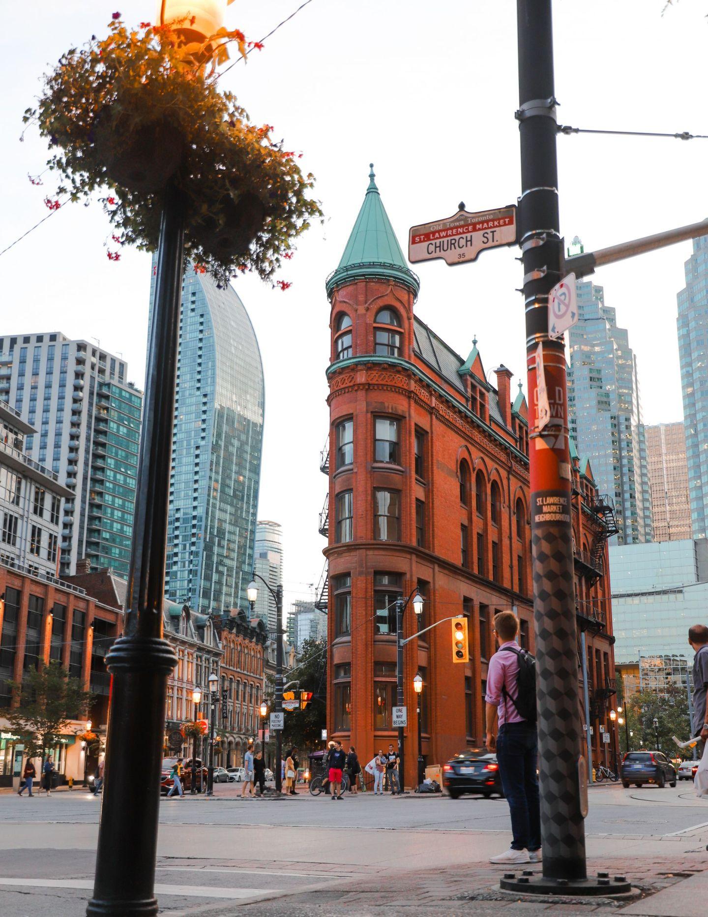 The flat iron Toronto